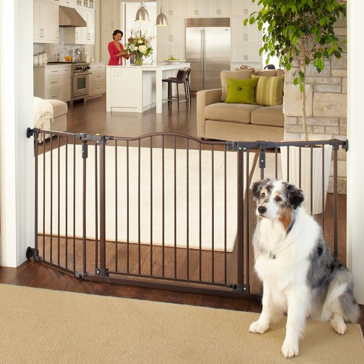 Барьер для собаки дома