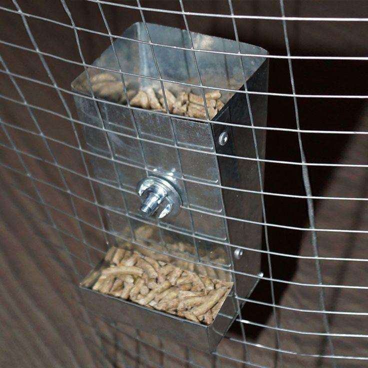 Сенник для морской свинки: как сделать своими руками, какую сенницу лучше выбрать, кормушка для сена из пластиковой бутылки и дерева